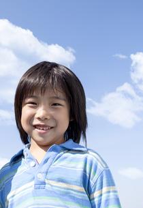 笑顔の男の子の写真素材 [FYI04779483]