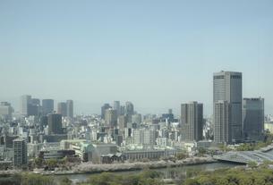 超高層ビルと大阪市街の写真素材 [FYI04780310]