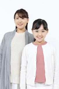 笑顔の母娘の写真素材 [FYI04780872]