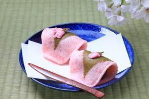 桜餅の写真素材 [FYI04781341]