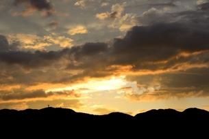 夏の夕焼け雲の写真素材 [FYI04781509]