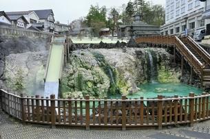 草津温泉の湯畑の写真素材 [FYI04782690]