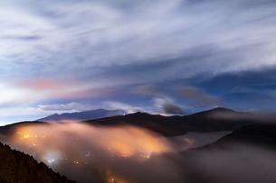 大観山の雲海の写真素材 [FYI04782896]