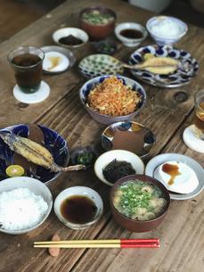 沖縄の食卓の写真素材 [FYI04784043]