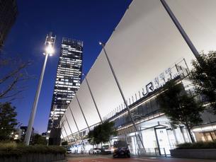 東京駅八重洲口 グランルーフの写真素材 [FYI04784141]