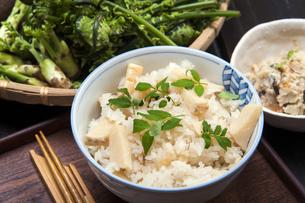 タケノコご飯の写真素材 [FYI04786730]