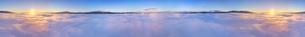 下之郷から望む雲海と朝日と浅間山と美ヶ原の450度パノラマの写真素材 [FYI04787191]