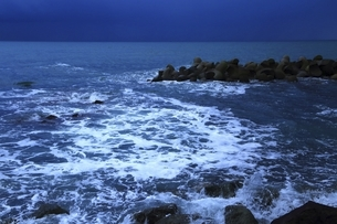 笹川流れ 夕景の写真素材 [FYI04788714]