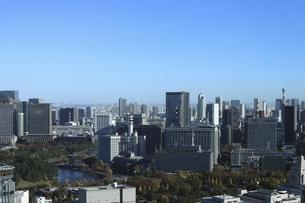 東京紀尾井町から見える丸の内方面の高層ビル群の写真素材 [FYI04789001]