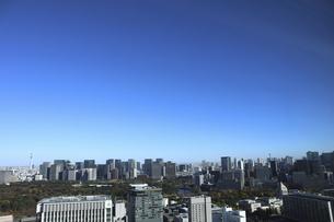 東京紀尾井町から見える丸の内方面の高層ビル群の写真素材 [FYI04789004]