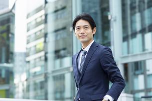 ビジネススーツの男性の写真素材 [FYI04789528]