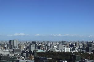 東京紀尾井町から見える日本武道館方面の高層ビル群の写真素材 [FYI04789943]