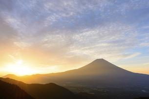 静岡県 日の出と富士山の写真素材 [FYI04791207]