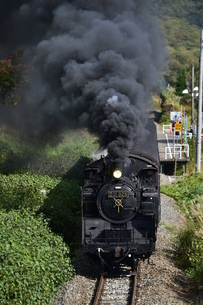 飯山線を行くSLの写真素材 [FYI04791582]