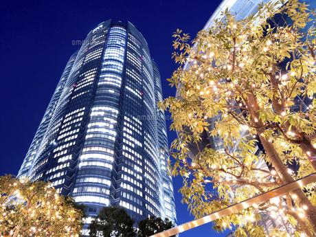 夕暮れの六本木ヒルズ 東京都 の写真素材 [FYI04791678]