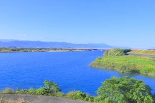 吉野川と旧吉野川の分流点の写真素材 [FYI04792542]