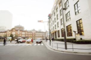 街並み 走行車両よりの写真素材 [FYI04792781]