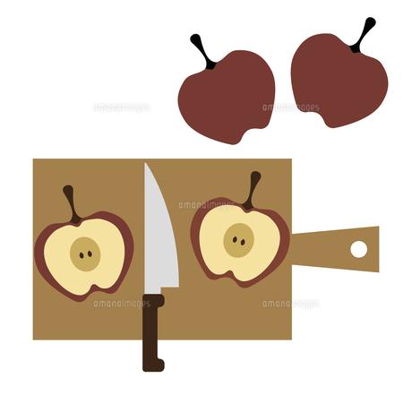 りんごを半分に切る イラストのイラスト素材 [FYI04793003]
