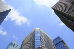 大手町の高層ビルの写真素材 [FYI04793641]