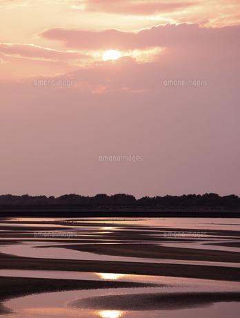 真玉海岸の夕日の写真素材 [FYI04793759]