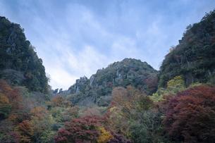 深耶馬渓~一目八景の紅葉の写真素材 [FYI04793765]