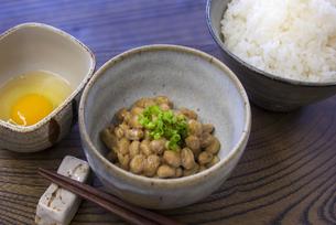 納豆とご飯の写真素材 [FYI04793809]