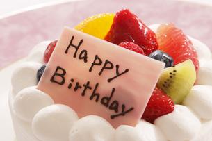 誕生日のケーキの写真素材 [FYI04794011]