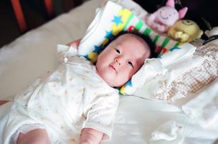 赤ちゃんの写真素材 [FYI04795366]