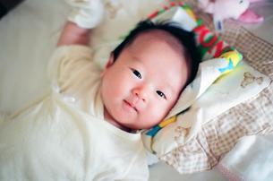赤ちゃんの写真素材 [FYI04795369]