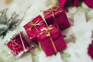 プレゼントの箱の写真素材 [FYI04795515]