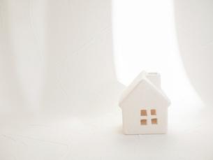 家。在宅・引っ越し・生活などのイメージ。の写真素材 [FYI04795660]
