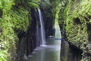 初夏の高千穂峡の写真素材 [FYI04795953]