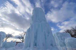 北海道冬の風景 支笏湖の氷濤まつりの写真素材 [FYI04796828]