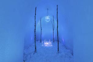 北海道冬の風景 支笏湖の氷濤まつりの写真素材 [FYI04796846]