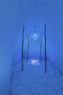 北海道冬の風景 支笏湖の氷濤まつりの写真素材 [FYI04796847]