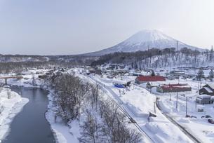 ニセコ町からの羊蹄山の写真素材 [FYI04797329]