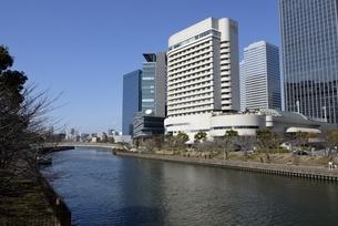 大坂,大川と大阪ビジネスパークの写真素材 [FYI04797602]