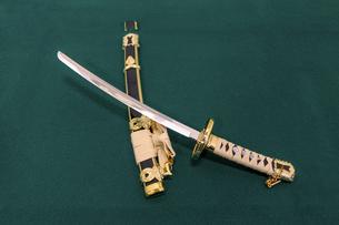 日本刀と鞘の写真素材 [FYI04797637]