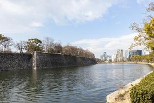 大阪城の外濠の写真素材 [FYI04797652]