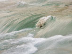 冬の川の写真素材 [FYI04797798]