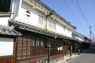 奈良橿原・今井町に残る古い木造家屋の写真素材 [FYI04798421]