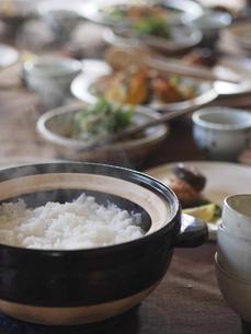 新米土鍋ごはんの写真素材 [FYI04798809]