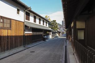 河内長野・高野街道沿いの古い町並みの写真素材 [FYI04799052]