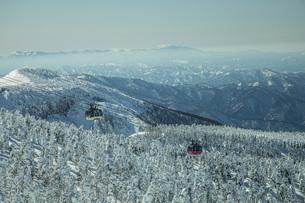 冬の蔵王の写真素材 [FYI04799098]
