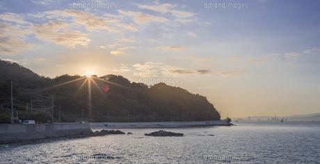 福岡県 風景 博多湾朝景 百道浜方面遠望の写真素材 [FYI04799361]