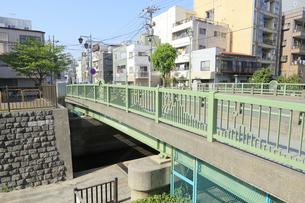 古石場川 琴平橋の写真素材 [FYI04799716]