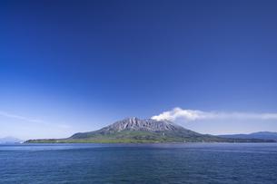 天保山から望む桜島の写真素材 [FYI04799819]