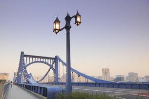 清洲橋夕景の写真素材 [FYI04800191]