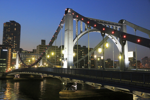 清洲橋夜景の写真素材 [FYI04800200]