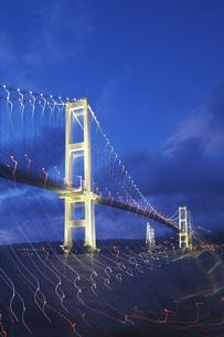 白鳥大橋の夜景の写真素材 [FYI04801563]